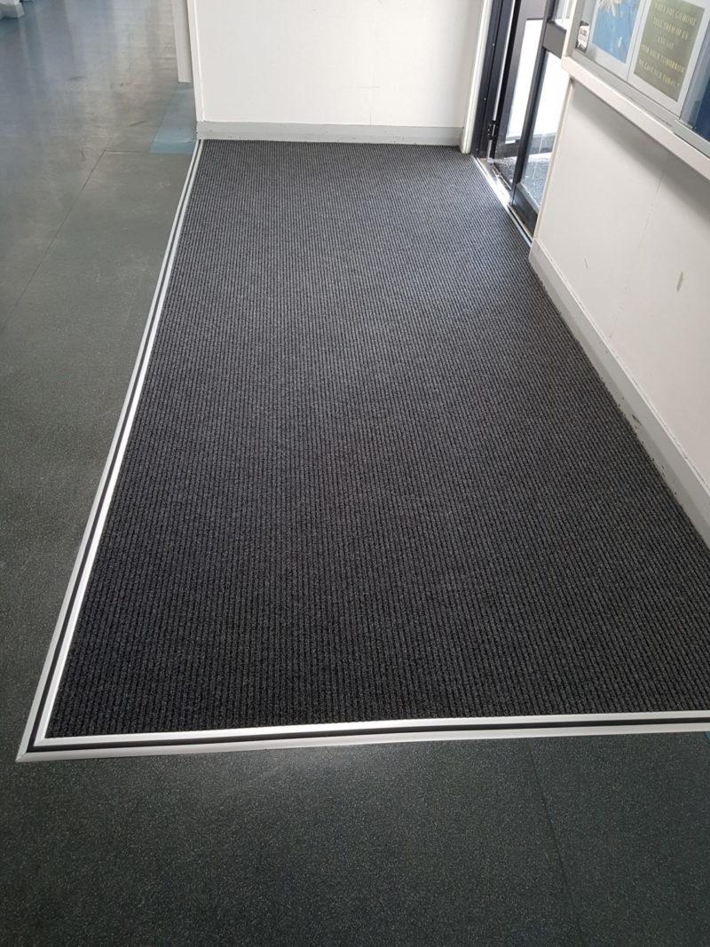 Slim Rib Carpet Inside