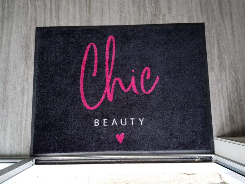 Chic Beauty Logo Mat
