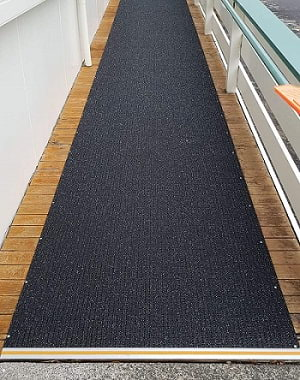 Ramp with DT028 Transition Bar