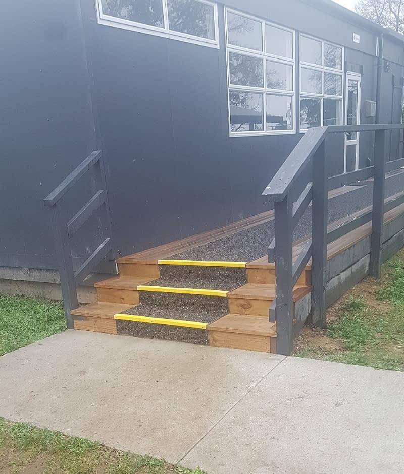 yellow fibreglass stair nosings 50mm x 30mm