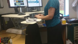 Enhance Standing Desk in situn